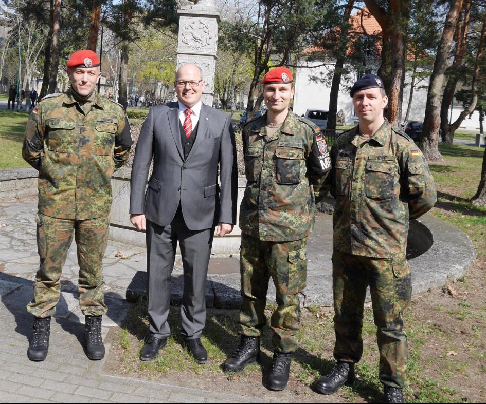 4.4.2019 Kommandoübergabe im Feldjägerregiment 1 in der Julius Leber Kaserne in Berlin