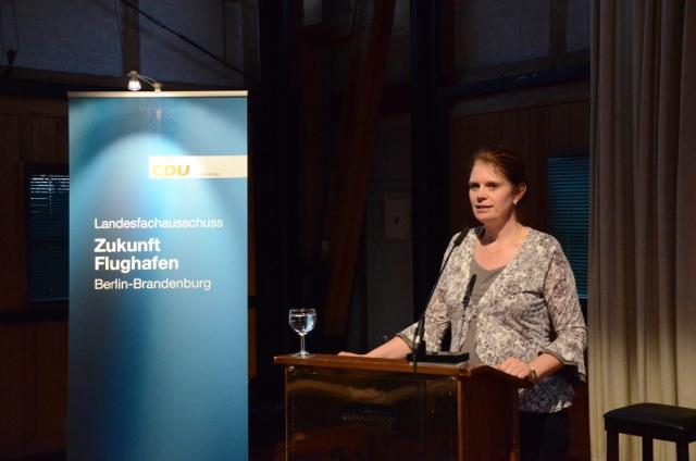 Landesvorsitzende Dr. Saskia Ludwig bei der Anhörung