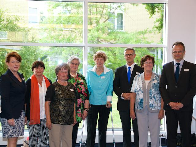 v.l.n.r.: CDU-Generalsekretärin Anja Heinrich, Roselyne Dirk (1. Platz), Rosemarie Witte (nominiert), Maria von Pawelsz-Wolf, Dr. Else Ackermann (nominiert), Matthias Nowak (2. Platz), Bianca Stimmig (3. Platz), CDU-Landesvorsitzender Prof. Dr. Michael Sc