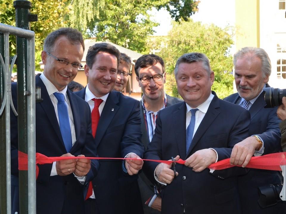 Hermann Gröhe und Michael Schierack bei der Eröffnung