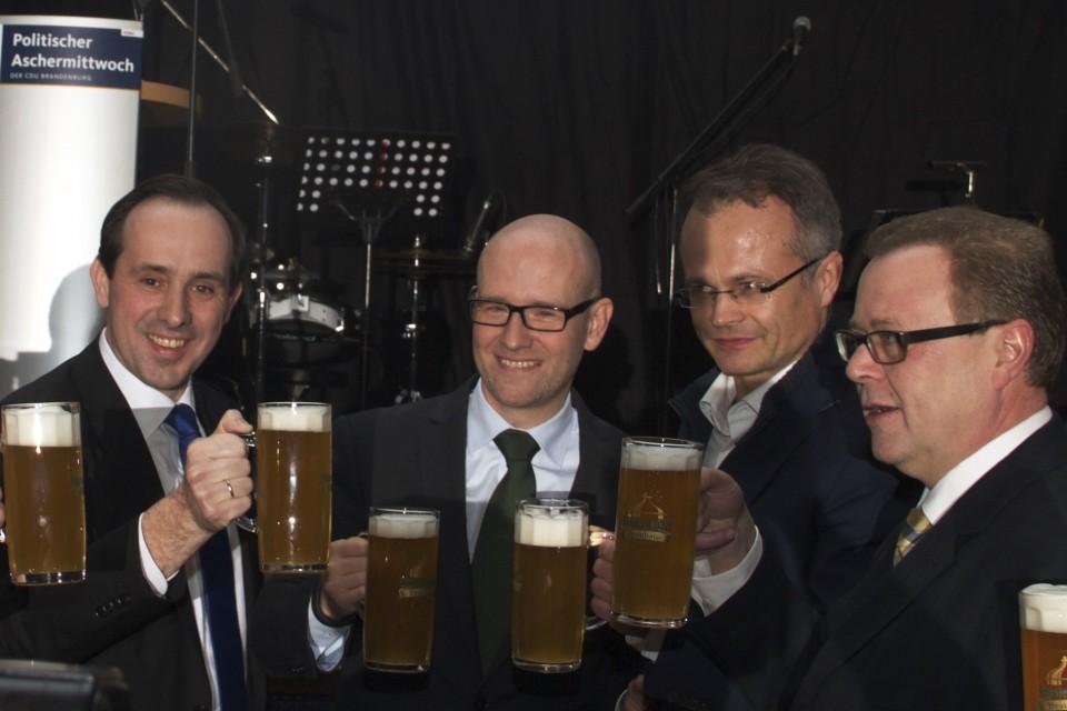 von links: Ingo Senftleben, Peter Tauber, Michael Schierack, Michael Stübgen