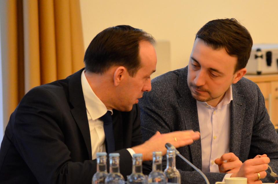 Landesvorsitzender Ingo Senftleben im Gespräch mit Bundesgeneralsekretär Paul Ziemiak