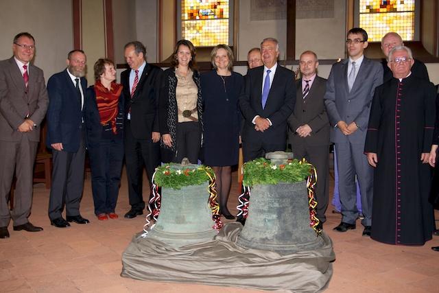 In der Mitte: Dr. Saskia Ludwig MdL, Barbara Nieter und Staatsminister Bernd Neumann